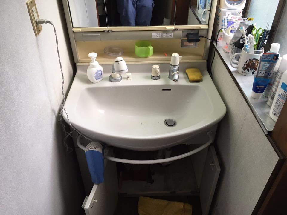 洗面化粧台のリニューアル
